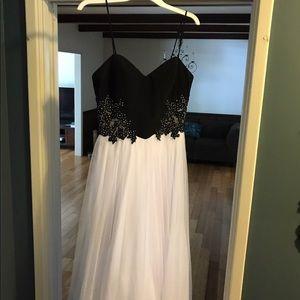 Windsor dress size 9